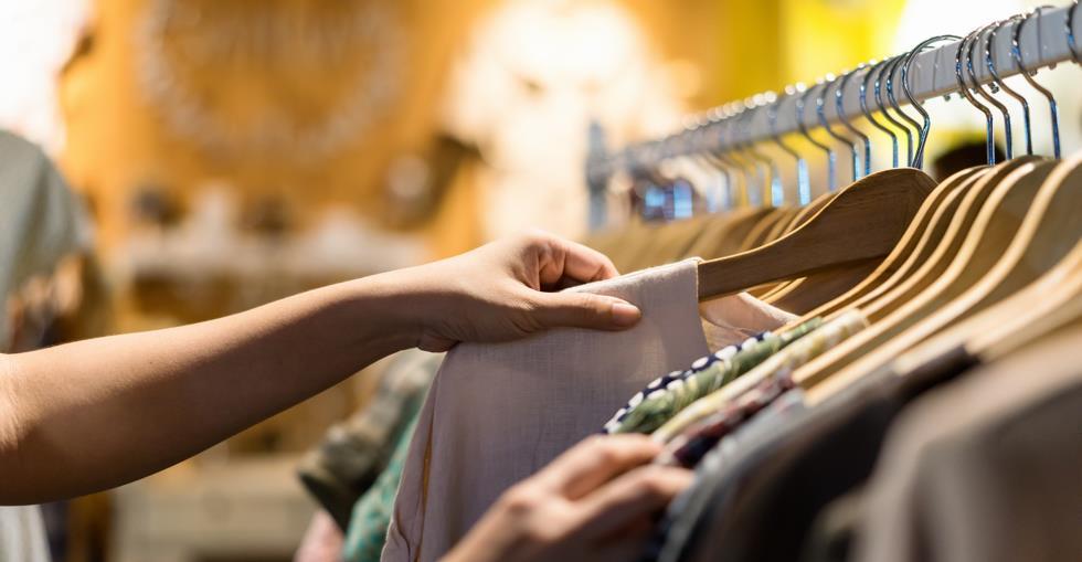 Clothing rail shopping