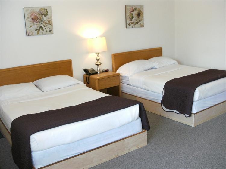 popular motel northwestern ontario - 4