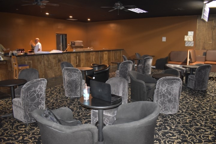 6 Topless Bars and Strip Clubs in the Orlando Area