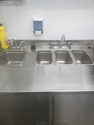 immaculate mobile catering unit - 3