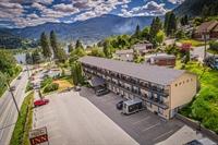 thirty unit motel beautiful - 1