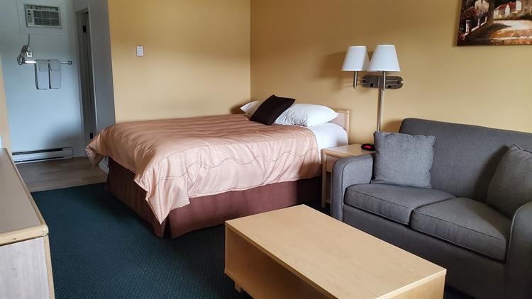twenty four unit motel - 4