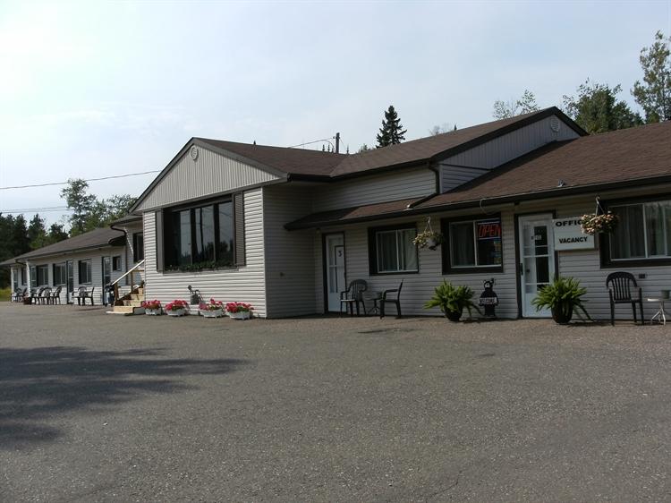 popular motel northwestern ontario - 5