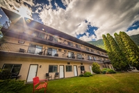 thirty unit motel beautiful - 2